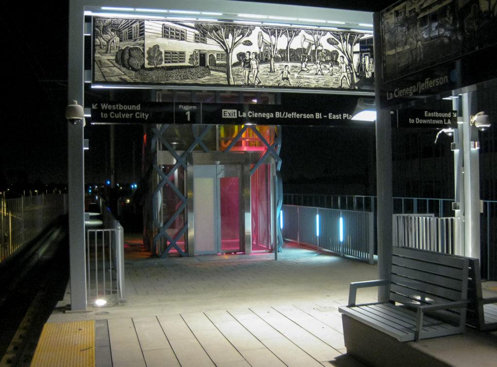 2011-8-27 La Cienega Station (2)