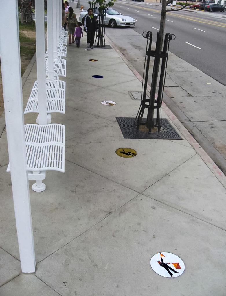 Anaheim St. SE w-people