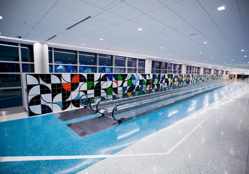 Centro de Formação by Sarah Morris - photo by Suresh Atapattu